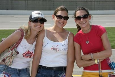Target Chip Ganassi fans enjoy the beautiful weather on Meijer Indy 300 Race day in Kentucky.