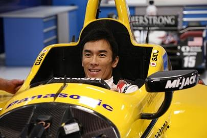 2017 Indy 500 Champ Takuma Sato gets fitted for a new seat