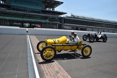 Pre-War cars cross the Yard of Bricks at IMS