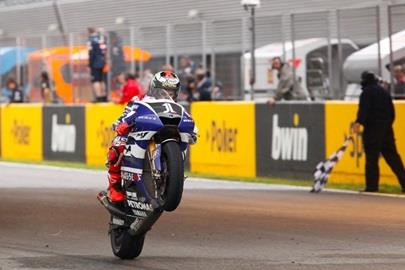 Lorenzo Takes MotoGP Points Lead With Win At Wet, Wild Spain