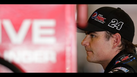 Gordon Returns To Chase As 13th Driver After Unprecendented Week For NASCAR