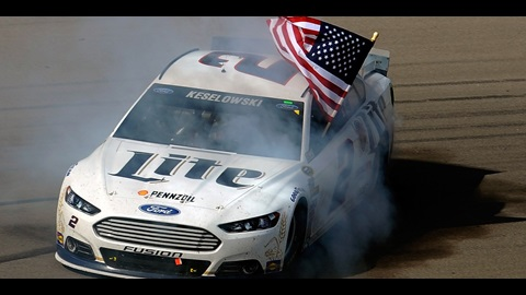 Keselowski Capitalizes on JR's Fuel Shortage in Las Vegas
