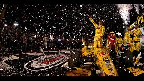 Hunter-Reay Blitzes Way To Victory in Iowa